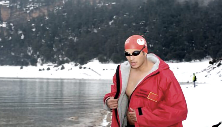 By covering this distance, Baraka beats his personal best in ice swimming which was 1,200 meters.
