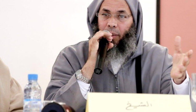 Hassan El Khattab, former Salafist detainee, accuses his old cellmate the Jihadist Mohammed Hajeb of being detrimental to the Salafist detainees matter